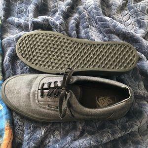 Gray & Black Vans Era Shoes 11.5